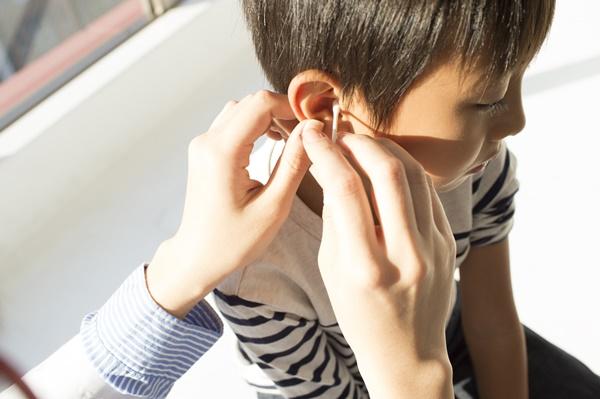 子供の中耳炎 水 2